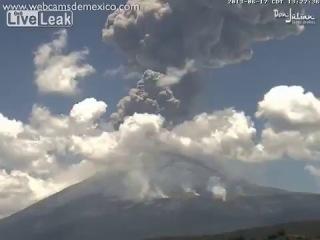 Взрыв вулкана в Мексике